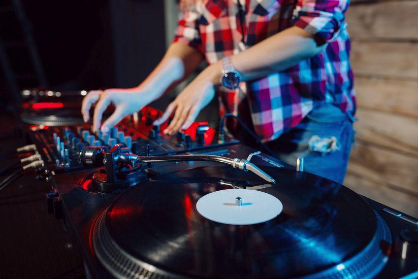 Musik vom Plattenteller fällt nicht unter den Pauschalvertrag der EKD mit der GEMA