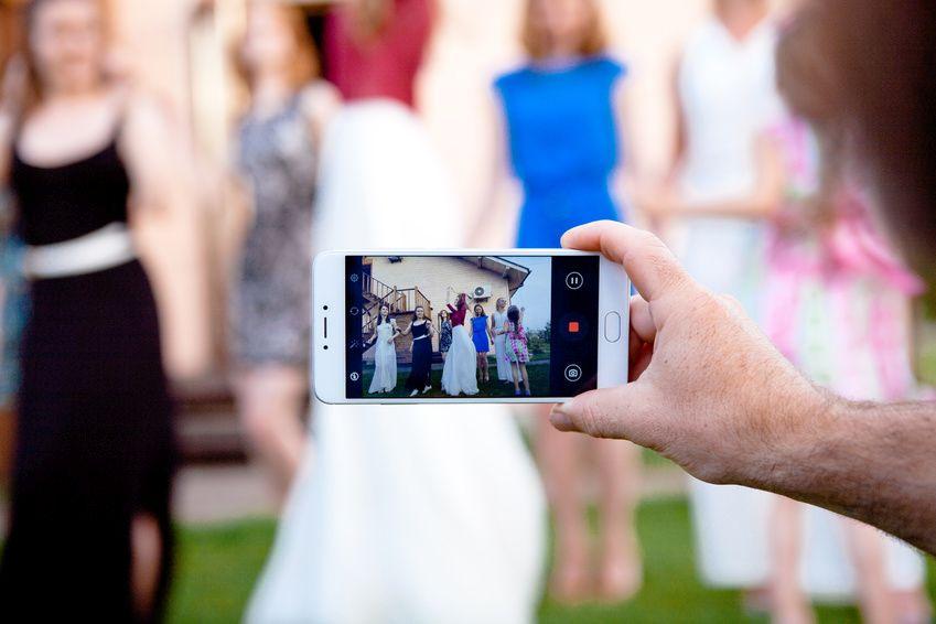 Mit dem Smartphone Fotos vom Gemeindefest via Pinterest teilen
