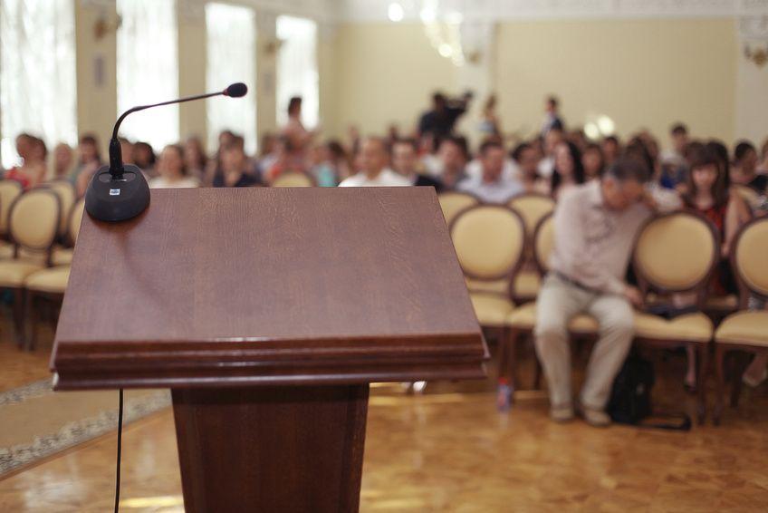 Wer ein paar Tipps und Kniffe berücksichtigt, kann eine gute Rede halten.